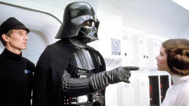 Dave Prowse como Darth Vader en Star Wars