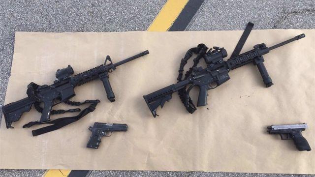 銃撃後に押収された銃