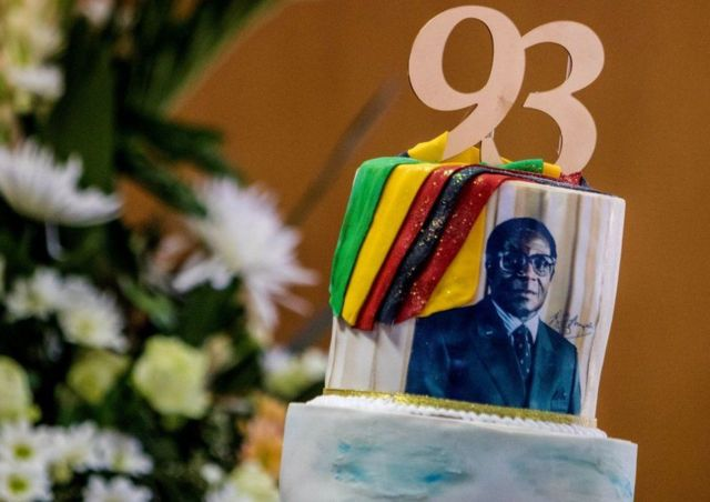 Mugabe oo 93 jirsaday