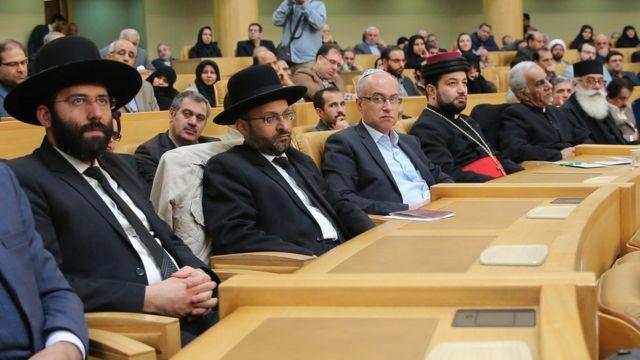 نمایندگان شماری از مذاهب مختلف در ایران در سخنرانی حسن روحانی حضور داشتند