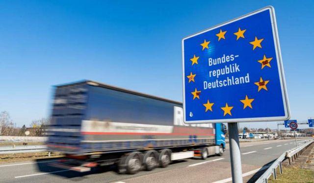 Германия усиливает контроль на границах с Францией