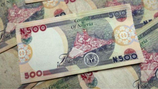 Cette année, le rand a fait un bond d'environ 16 %, tandis que le naira a perdu un tiers de sa valeur par rapport à la monnaie américaine.