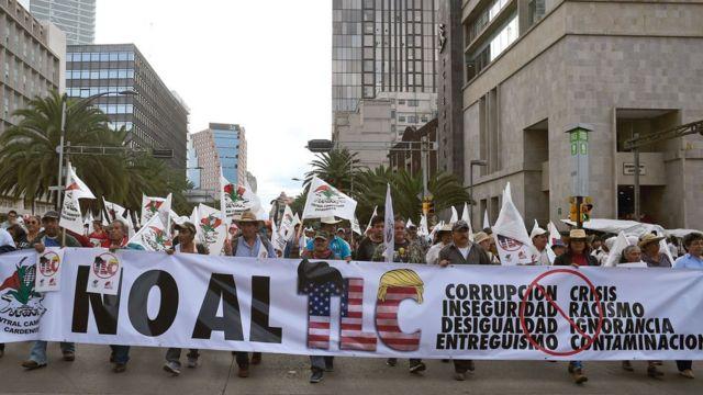 Protesta contra libre comercio en México.