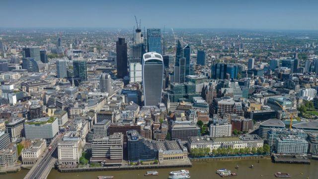 ภาพอาคารในกรุงลอนดอนของอังกฤษ
