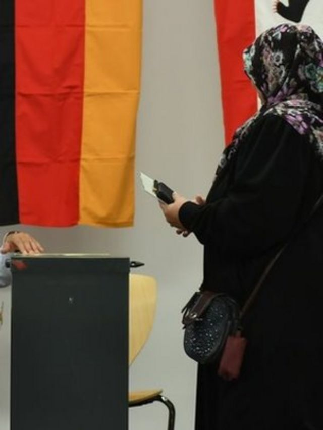 مسلمة ألمانية تدلي بصوتها