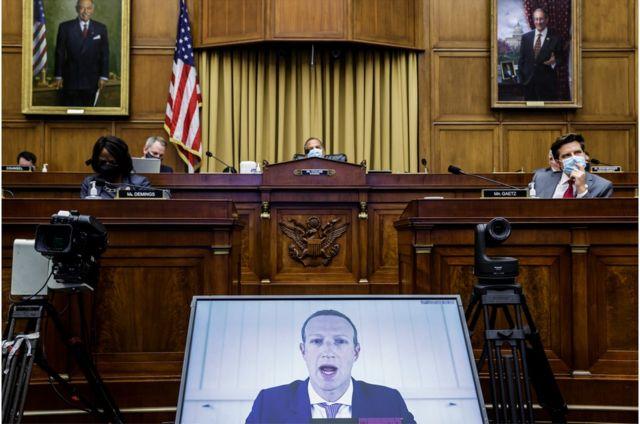 Цукерберг и другие виртуально отчитались перед конгрессменами в июле, в разгар пандемии