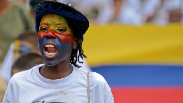 """Manifestante de """"Héroes de la Patria"""""""