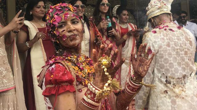 Vidhi celebra su boda en India