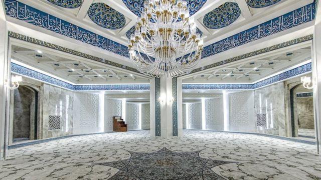 """مسجد لوکس در """"ایران مال"""""""