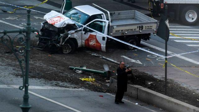 La camioneta usada en el ataque
