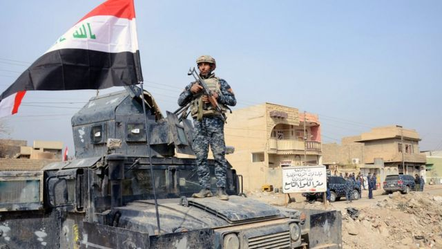 قوات عراقية في بلدة حمام العليل