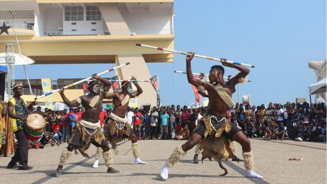 Bailarines en Ghana