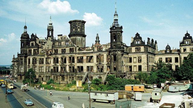 Дрезденский замок в 1969 году.