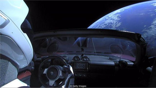 Tesla no espaço