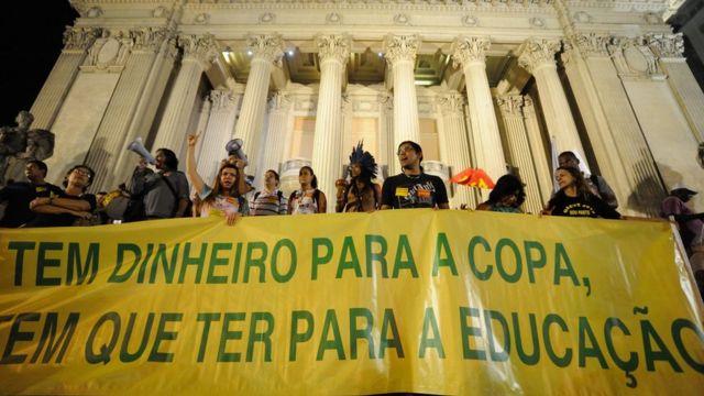 Manifestação na cidade do Rio em setembro de 2013