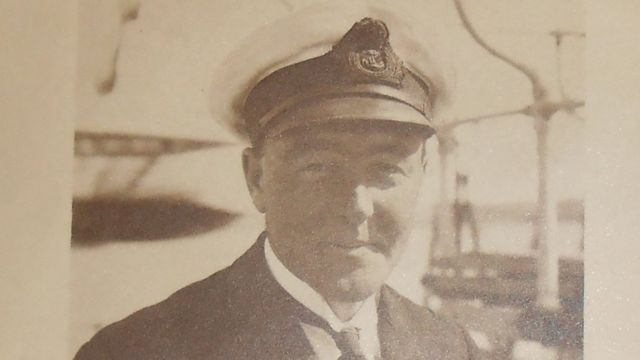 King's WW1 letter found in 'discarded carrier bag'