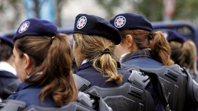 Женщины-полицейские в Турции