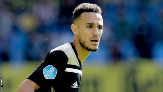 Noussair Mazraoui avait la possibilité de choisir entre le Maroc et la Hollande.