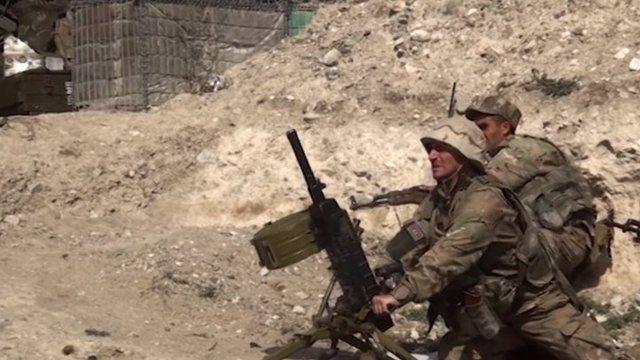 آذربایجان میگوید که یک ستون از ادوات زرهی از خودروهای نظامی و جنگی ارمنستان را نابود کرده است