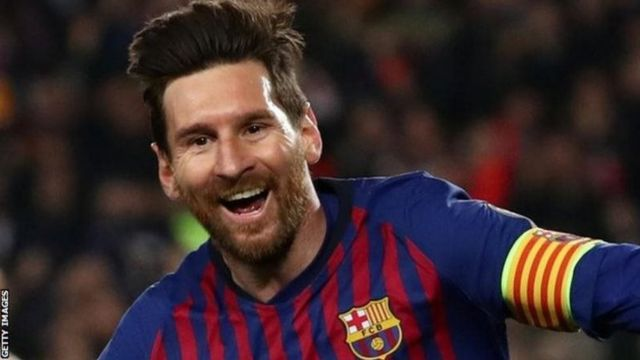 Messi iyo Ronaldo ayaa lagu muransan yahay isbarbardhiggooda