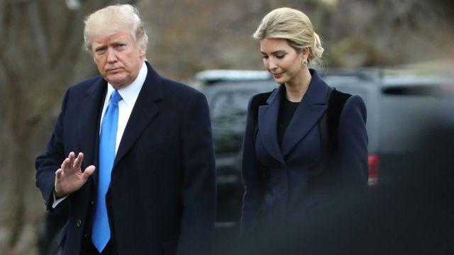 Madaxweyne Donald Trump ayaa booqasho aan la sii shaacinin ku tagay garoonka ciidammada cirka ee Dover Air Base 1dii bishan Feebaraayo