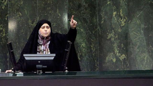 پروانه سلحشوری، به عنوان نماینده تهران در دوره دهم مجلس شورای اسلامی فعالیت میکرد