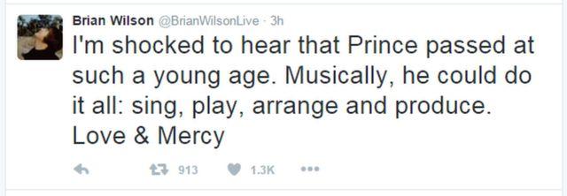 ブライアン・ウィルソンさんは「まだあんなに若いのに、プリンスが亡くなったと知ってショックを受けてる。音楽で何でもできる人だった。歌も演奏も、編曲もプロデュースも。愛と慈悲を」とツイートした。