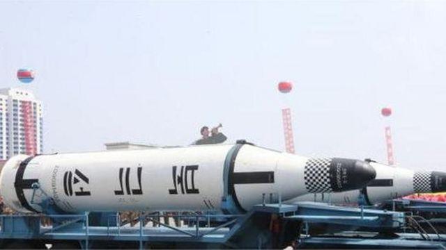 北極星潛射導彈