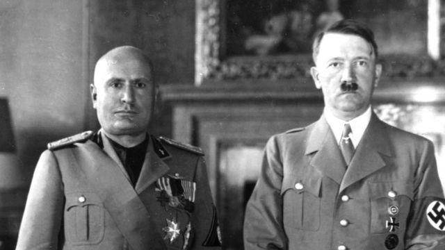 Retrato de Mussolini e Hitler