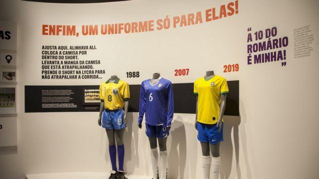 Exposição Contra-Ataque! As mulheres no futebol, do Museu do Futebol