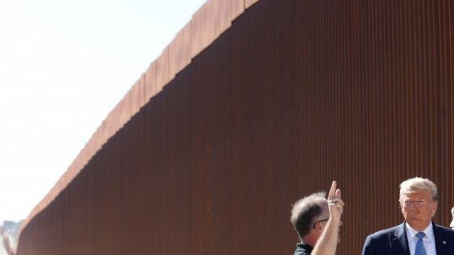 La visión de Trump sobre cómo será el muro ha cambiado desde que llegó a la Casa Blanca.