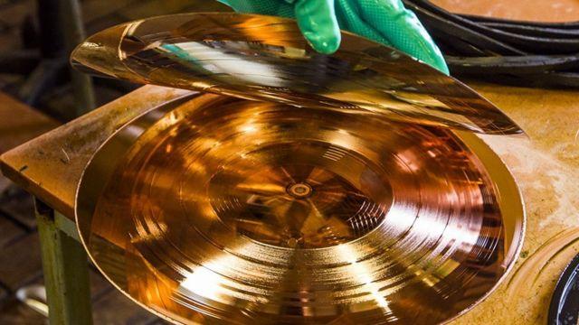 Производство виниловых пластинок