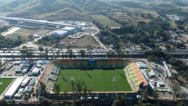 Vista aérea do Centro Olímpico de Tiro e o Estádio Deodoro