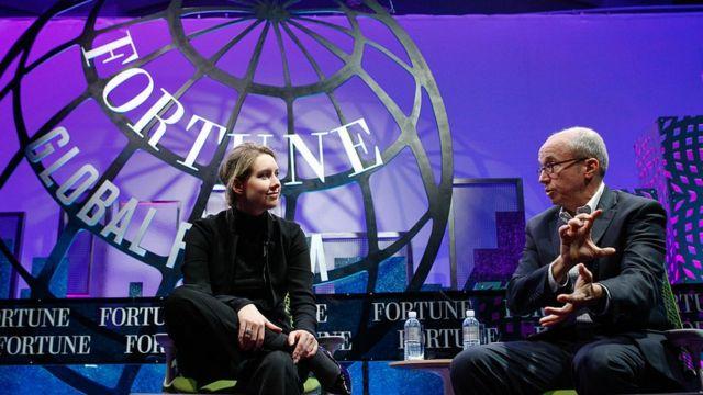 Holmes durante un evento de la revista Fortune en 2015.