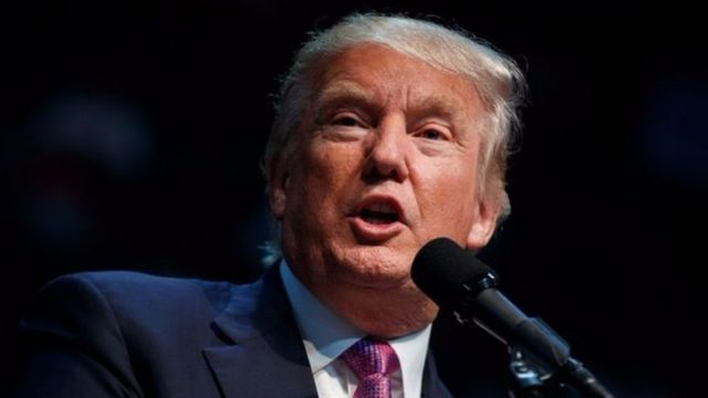 Donald Trump yasavye imbabazi ku majambo ari muri video aheretse kumenyekana akura agateka ku bapfasoni