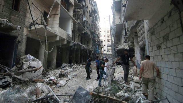 戦闘で破壊されたアレッポの街(先月29日)