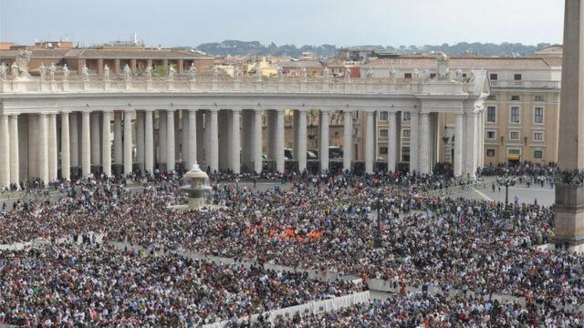 مشهد من قداس عيد الفصح بالفاتيكان الذي ترأسه البابا فرانسيس