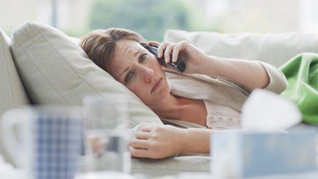شاید از کسانی که با مبتلایان به ویروس کرونا تماس نزدیک داشتهاند خواسته شود که دو هفته در خانه بمانند