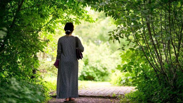 У женщин после 70 лет польза от шагов росла до количества 7500, но потом ее рост останавливался
