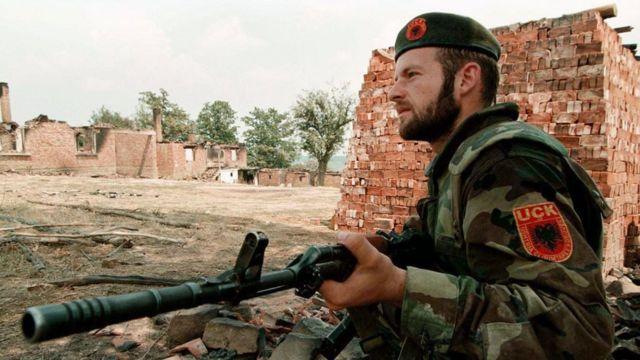 Vojnik OVK 1998.