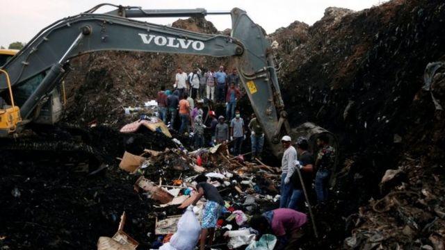 Ethiopia landslide: Number of dead at rubbish dump hits 113