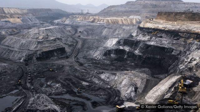 Mina de carvão a céu aberto no estado indiano de Jharkhand