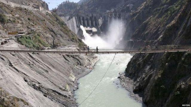 450 మెగావాట్ల బగలిహార్ జలవిద్యుత్ ప్రాజెక్ట్ చీనాబ్ నదిపై 2008లోనే పూర్తైంది