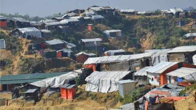 昨年8月以来、70万人近くのロヒンギャの人々がミャンマーでの暴力を逃れて避難している