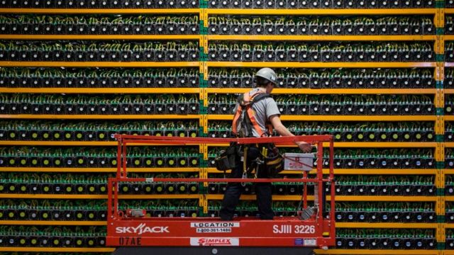 While the financial services sector - cryptocurrencies - may be an early blockchain adopter other sectors like healthcare and energy will not be far behind
