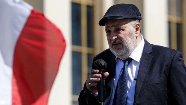 Sarah Halimi'nin kardeşi William Attal 25 Nisan'da Paris'te düzenlenen protestoya katılmıştı