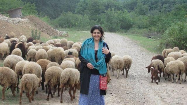 لیلی افشار میگوید آرزوی جدیدش زندگی در یکی روستاهای ایران است