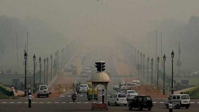 દિલ્હીના રસ્તાનો ફોટો