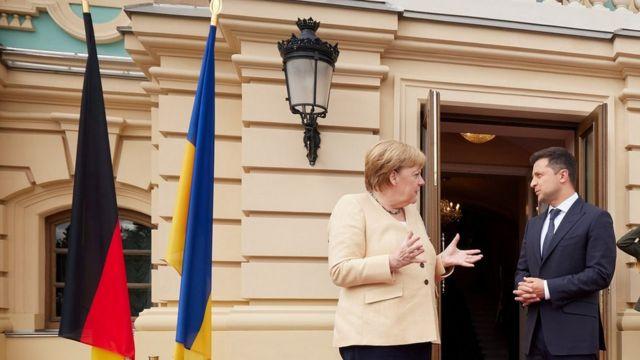 Во время встречи Меркель и Зеленского в Киеве
