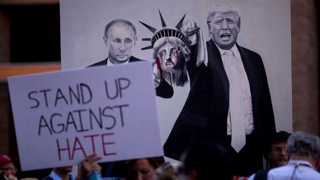 Protesta contra Donald Trump y su cercanía a Vladimir Putin
